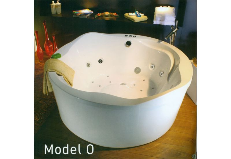 Model O Bathtub (160*160)